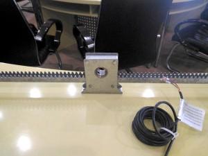 металлическая-зубчатая-рейка-для-системы-форточной-вентиляции-теплиц
